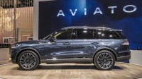 2021 Lincoln MKC Pictures