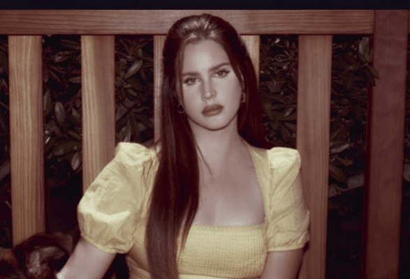 Lana Del Rey New 'Blue Banisters' Video