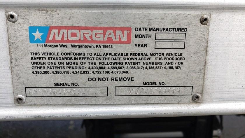 2014 Hino 268 with a Morgan 26 Van Body