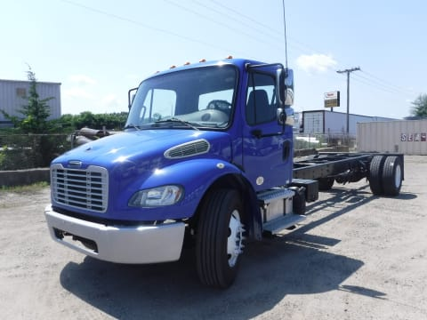 2014 Freightliner M2 blue chassis