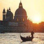 Венеция отделяется от Италии