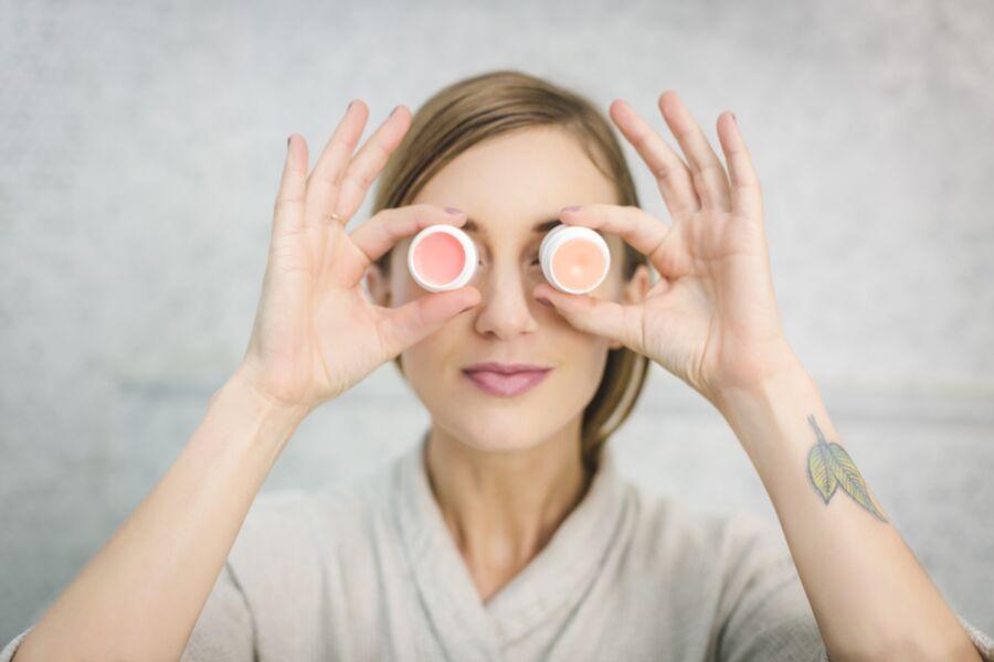 Como aproveitar o isolamento social para dar um boost no skincare? - TOPVIEW