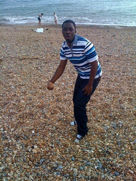 Chris-Vincent @ Brighton Pebble Beach, Living The Dot Com Life