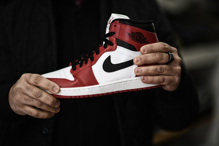 f41c418c9d3 'Every Jordan collector – indeed, every sneaker collector – needs at least  one pair of Jordan 1s. The 1s were originally introduced in 1985 and became  ...