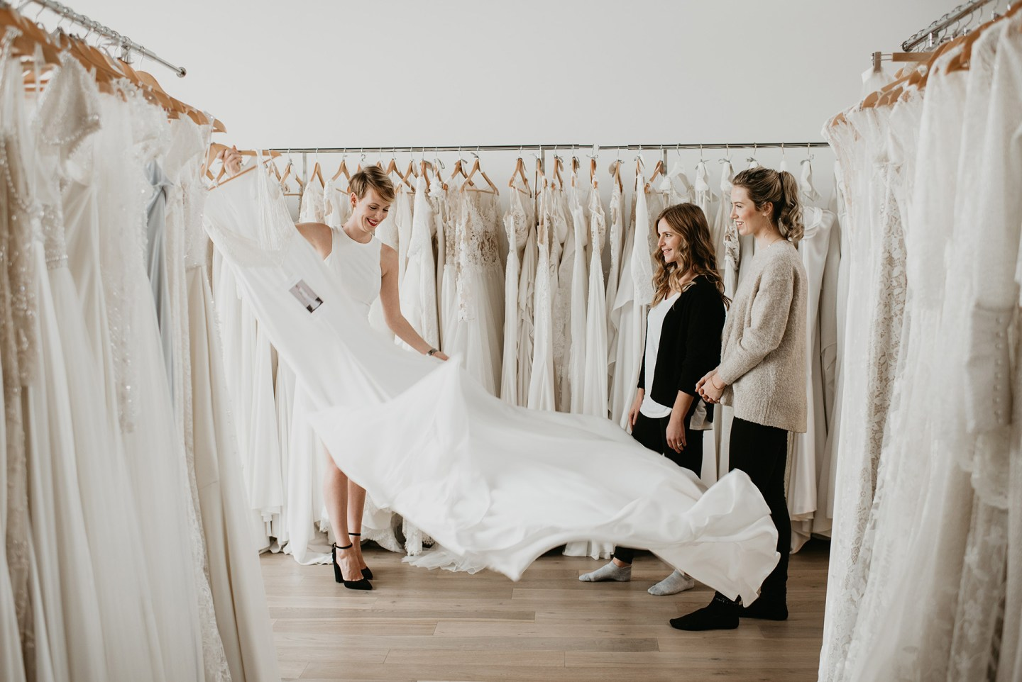 GETTING TO KNOW: THE MODERN BRIDE