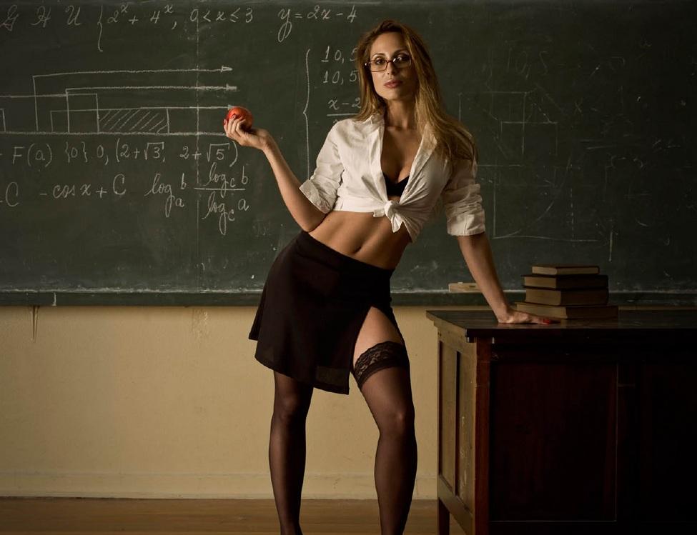 El porno no tiene que educar a nadie