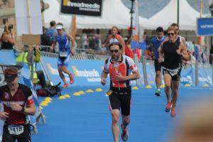 Totta last time up Slottsbacken, Stockholm Triathlon 2014