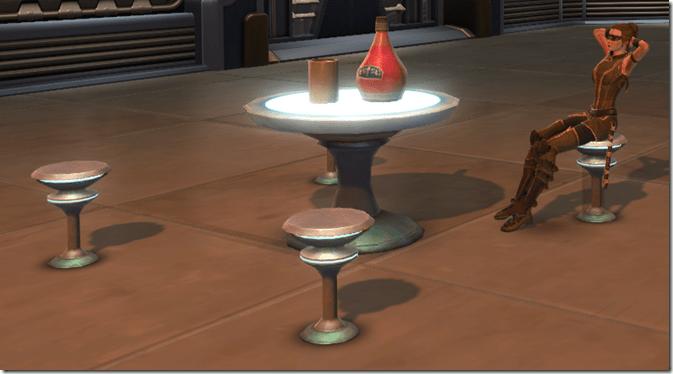 Arrangement Cafe Table