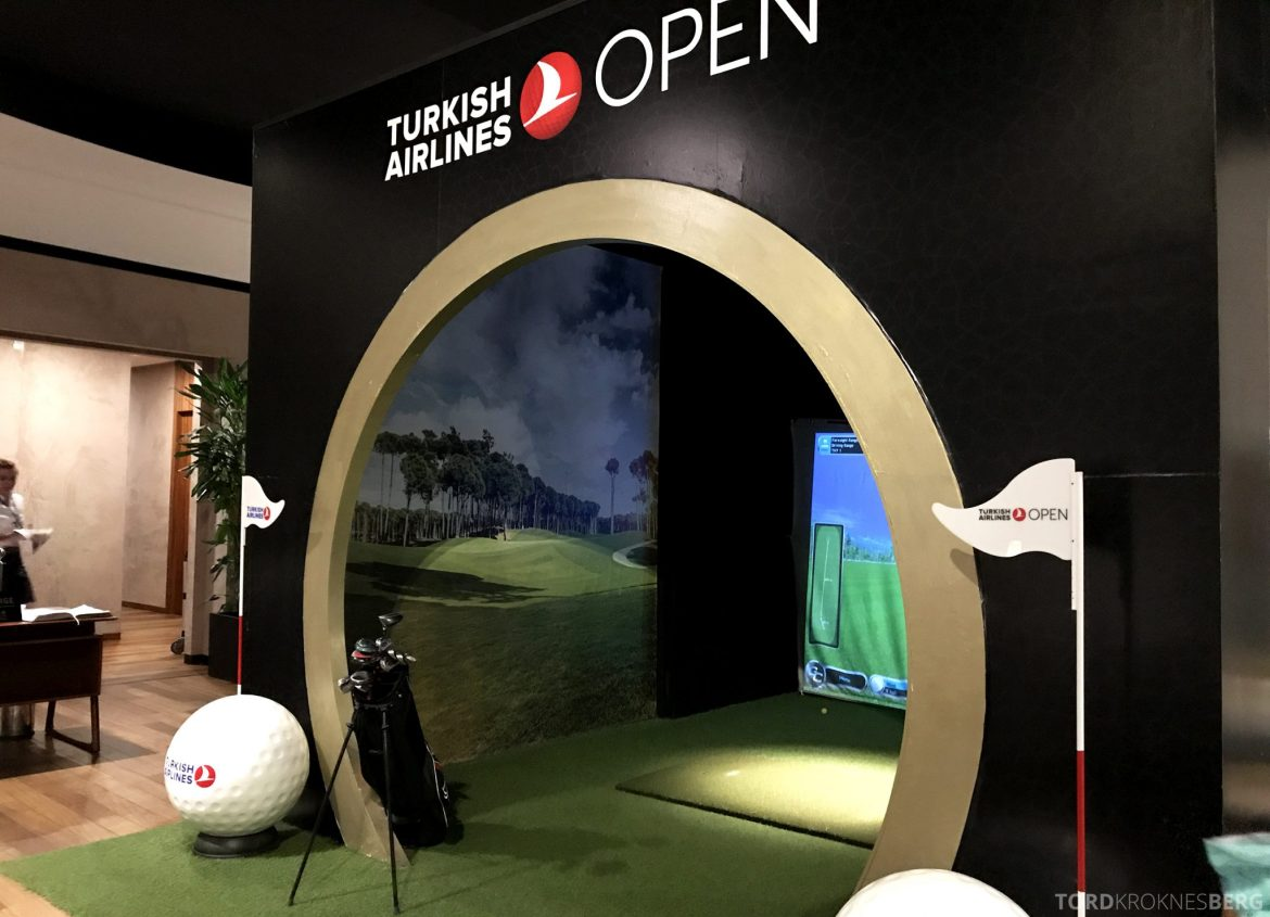 Turkish Airlines CIP Lounge Istanbul golfsimulator