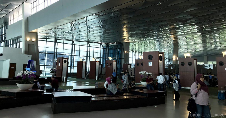 Garuda Indonesia Jakarta Terminal sikkerhetskontroll