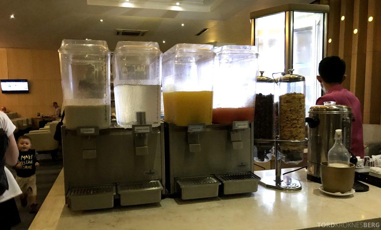 Premier Lounge Jakarta juice
