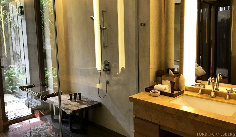 Ritz-Carlton Bali Suites presidential suite dusj