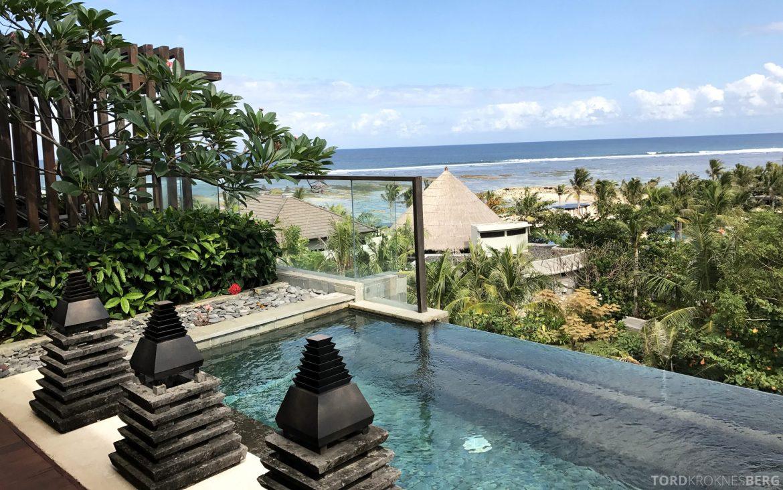 Ritz-Carlton Bali Suites sky villa utsikt