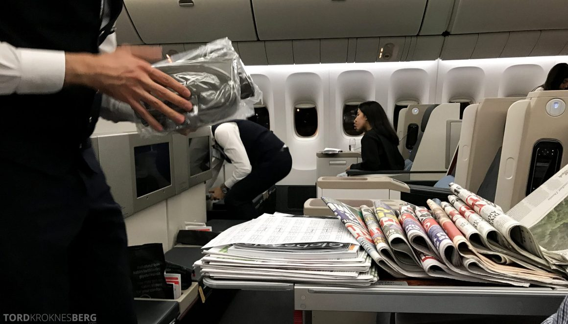Turkish Airlines Business Class Jakarta Istanbul aviser og hodetelefoner