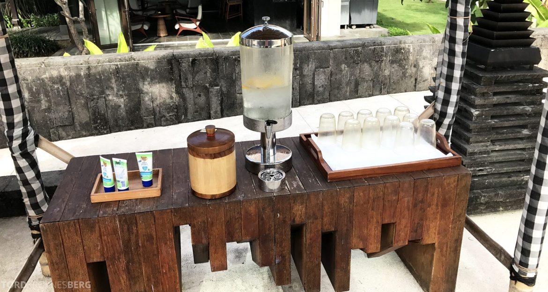 Ritz-Carlton Bali vann og solkrem