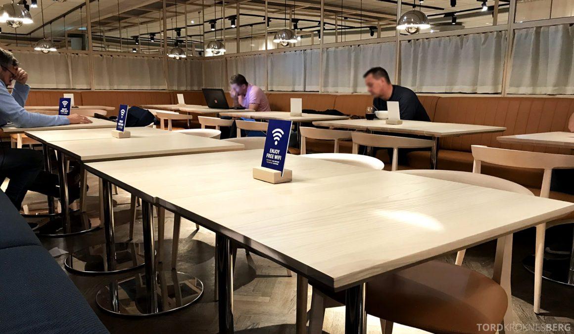 SAS Lounge Oslo Innland bord