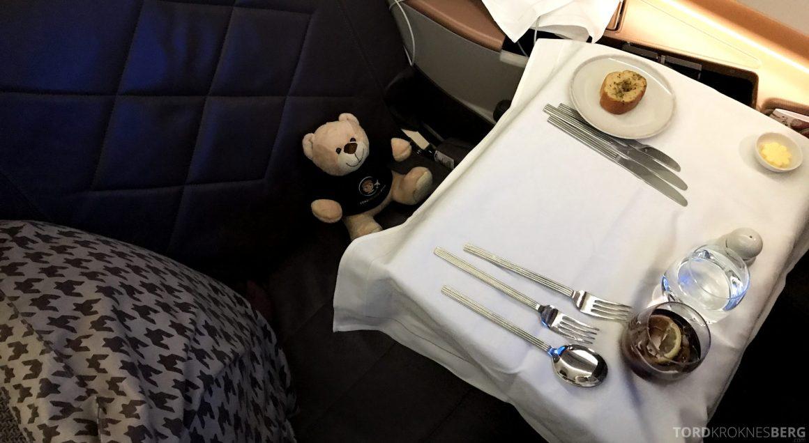 Singapore Airlines Business Class Moskva Stockholm reisefølget hovedrett