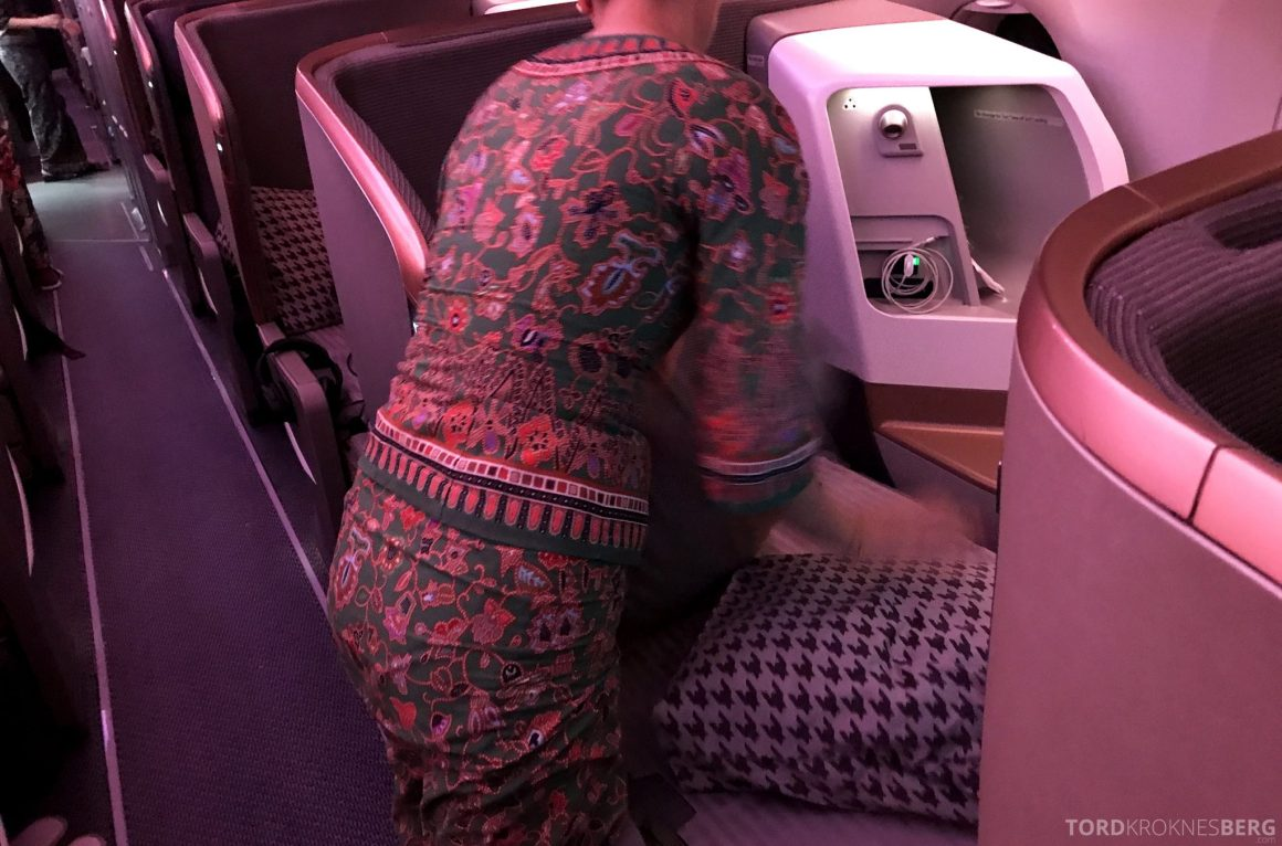 Singapore Airlines Business Class Moskva Stockholm re opp seng