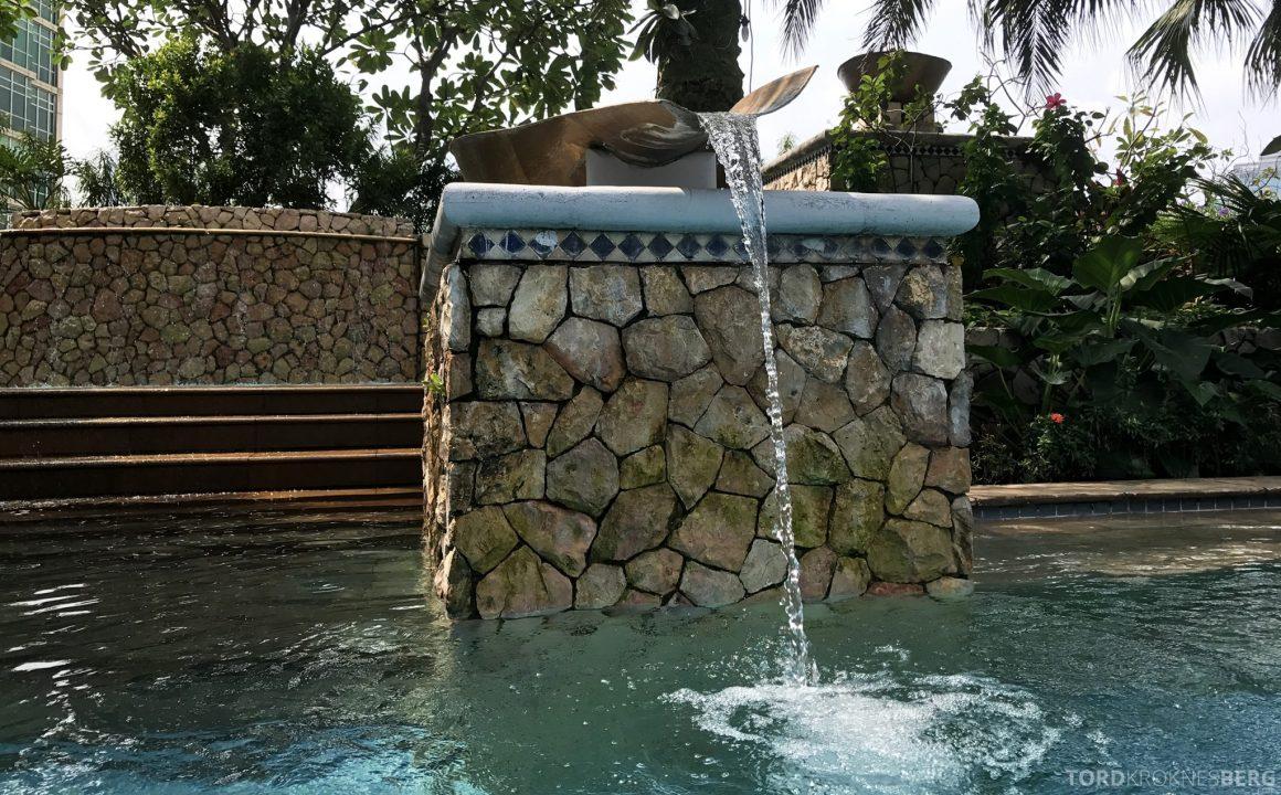 Ritz-Carlton Jakarta basseng