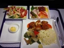おすすめ機内食ランキング!?ついおかわりしたくなる各国の機内食について!