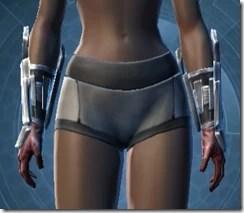 Strategist Gloves - Female Front