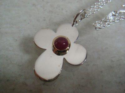Kleeblatt rubin 2