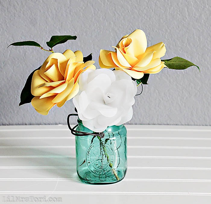 Make Your Own Pretty Paper Roses with your Silhouette + Studio File