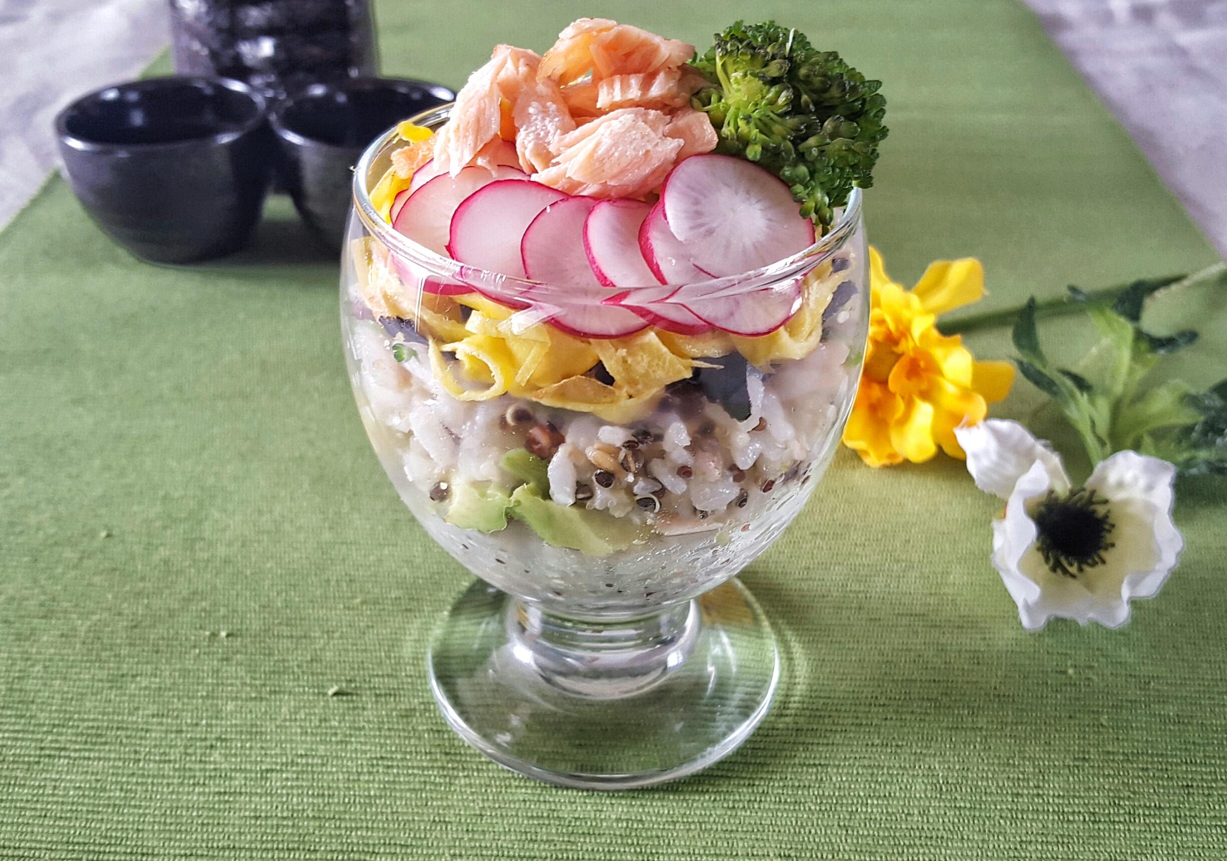 海外で作るパーティ料理「春のサーモンちらし寿司」