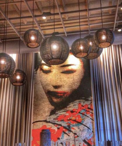 トリノのスタイリッシュなフュージョン和食レストラン「SHABU」