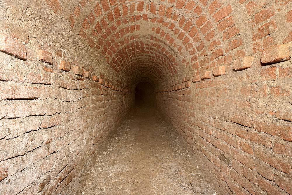 Via Papacino, riappare una fortezza sotterranea