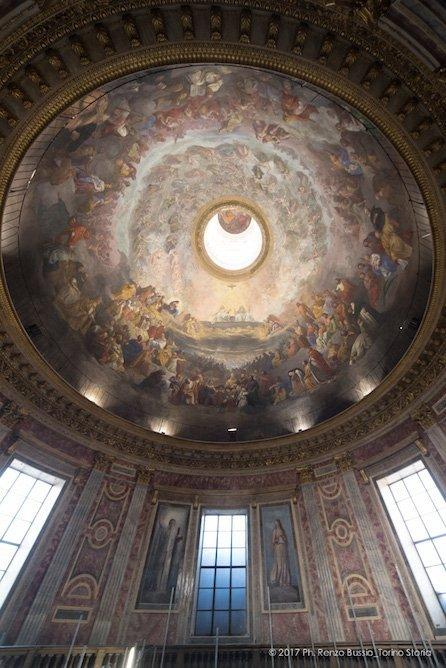 Torino, la cupola restaurata della Chiesa della Trinità.-6671