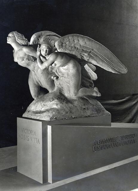monumento 19
