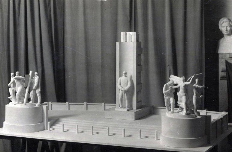 monumento 7