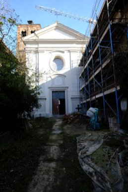 È questa la «notizia» dal cantiere dei restauri che dal 2016, grazie alla tenacia dell'«Associazione Abbadia di Stura - I templari», proprietaria del bene, stanno interessando l'antica chiesa abbaziale dedicata a San Giacomo.