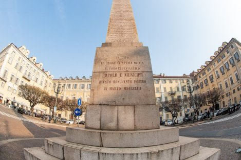 Particolare dell'obelisco dedicato alle Leggi Siccardi