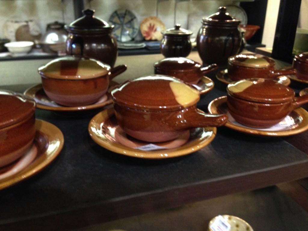 工芸品からしまねっこ・吉田くんまで!お土産に迷ったら島根観光物産館へ!