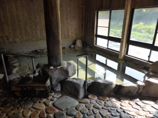 古事記にも記される伝説の出雲湯村温泉|11月に清嵐荘が改装オープン!