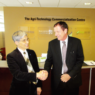 Yoshi Ichida and Dave Smardon
