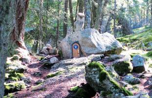 Mt.Erskineに住んでいるといわれる妖精の扉