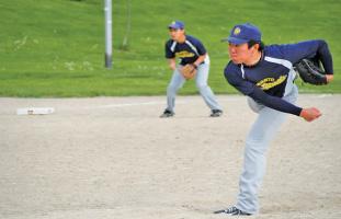 toronto-japanese-baseball-league-04