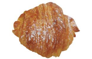 Almond Croissant  - シンプルに見えるクロワッサンだが、中にはアーモンドペーストが詰まっており、ナッツ好きにはたまらない。ほどよいサクサク感の軽い食感が食を進める。
