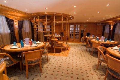 Whirlwind-restaurant (1024x685)