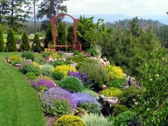 top-landscape-garden-design