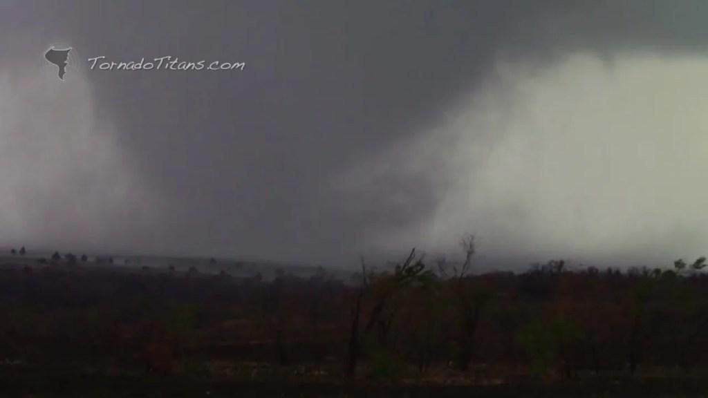 November 7, 2011 Storm Chase | Saddle Mountain Tornado in SW OK