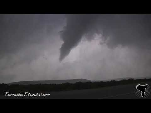 April 24, 2011 Storm Chase | Baird, Texas Tornado on Easter Sunday