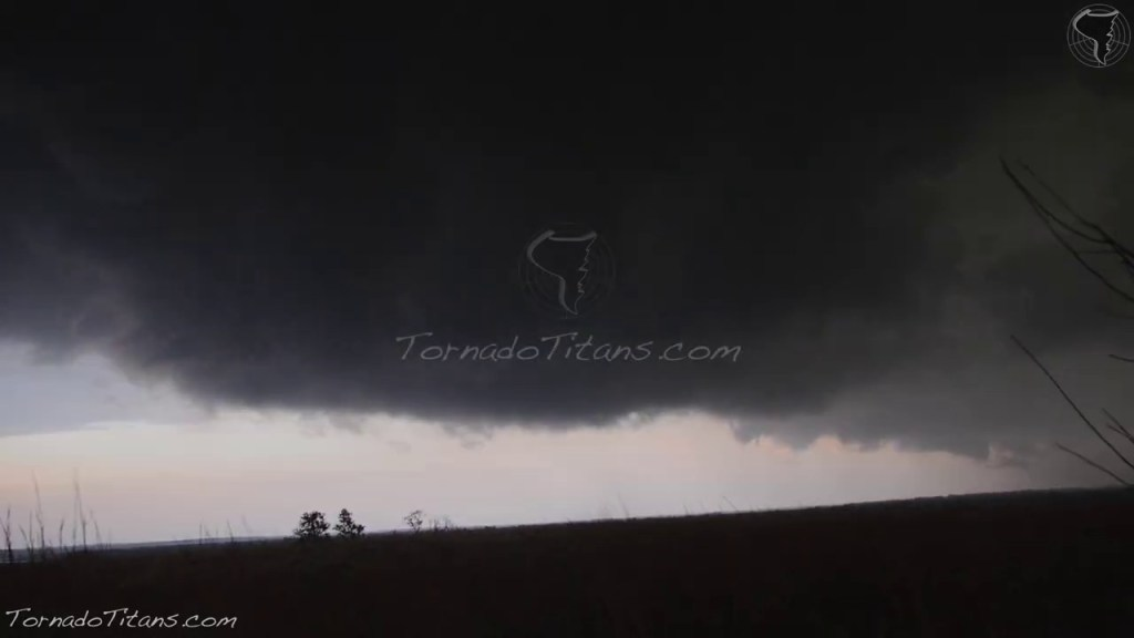 May 7, 2014 Storm Chase | HP Supercells Along the Red River in Southern Oklahoma
