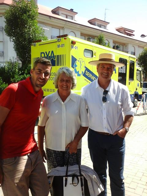 Maruchi la ganadera, avec son Mayoral et Marco Antonio Gómez qui a toréé la corrida de Saltillo (Moreno Silva) â Madrid dimanche