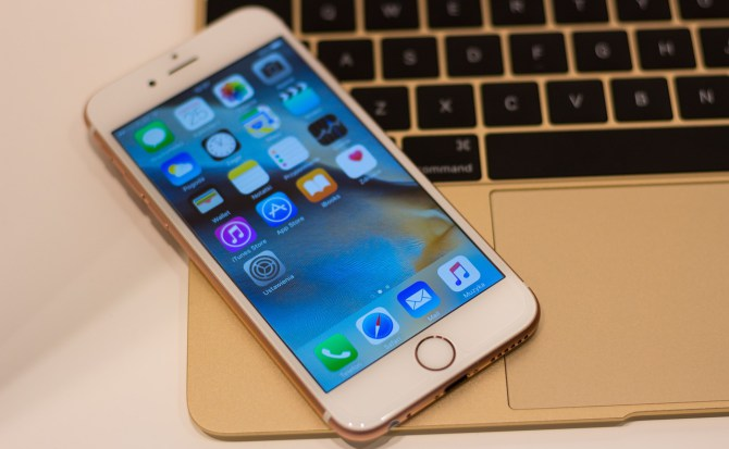 Cómo transferir archivos desde un iPhone o un iPad de la manera más sencilla