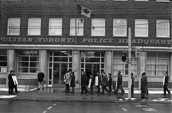 Local 183 members picketing the Metro Toronto Police Headquarters. Photo by Richard Cole. March 6, 1969. York University Libraries, Clara Thomas Archives and Special Collections, Toronto Telegram fonds, ASC58003.