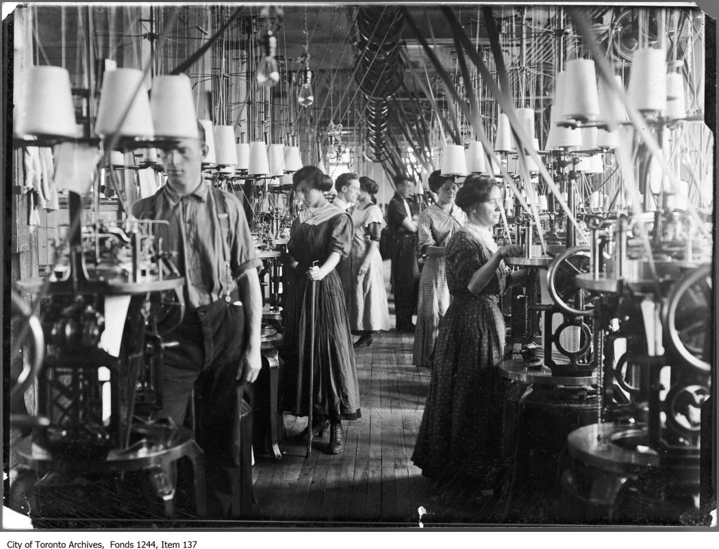 Patriarchy At Work Toronto S Working Women Circa By